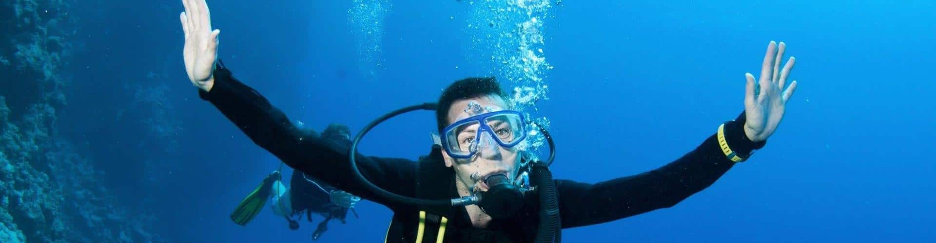 Cursos de buceo PADI en Calpe Dive & Dive centro de buceo 5* IDC